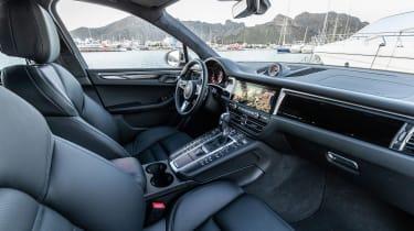 Porsche Macan S driven - Crayon dash