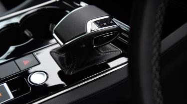 Volkswagen Touareg UK drive - gear selctor