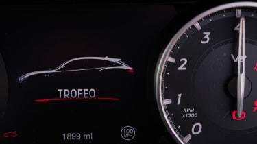 Maserati Levante Trofeo – dials