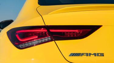 Mercedes-AMG CLA35 - lights