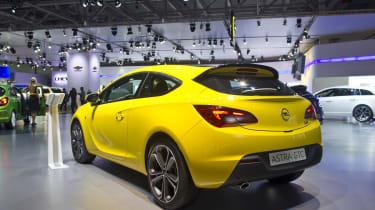 2013 Opel Astra GTC model