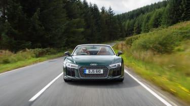 Audi R8 V10 Plus Spyder – front