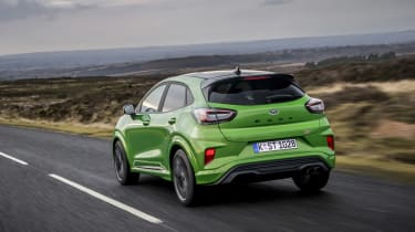 Ford Puma ST 2021 review – rear tracking