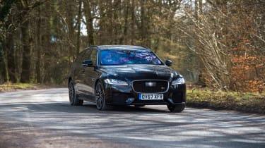 Jaguar XF S Sportbrake - front quarter