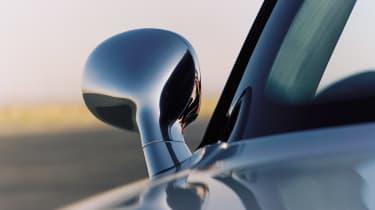 BMW Z8 – wing mirror