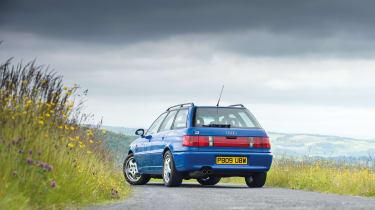 Audi RS2 - rear