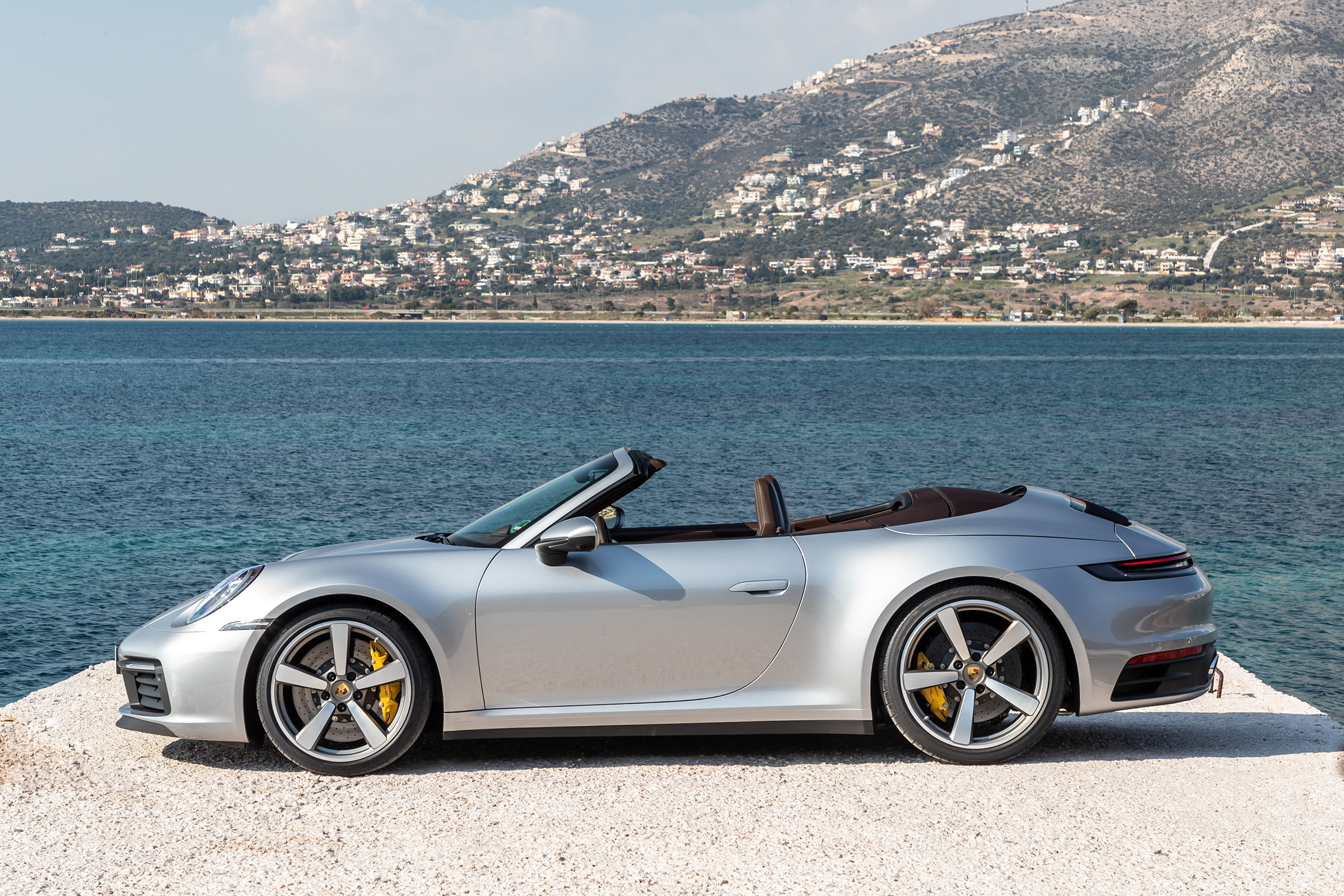 Porsche 911 992 Cabriolet Review New 911 Loses Its Roof But Sacrifices Little Else Evo