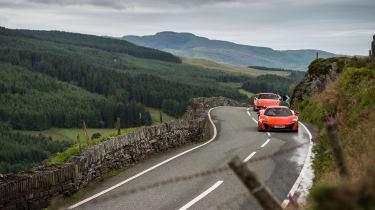 McLaren 675LT v Porsche 911 GT3 RS (991.1)