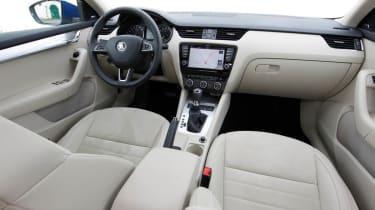 2013 Skoda Octavia interior dashboard cabin