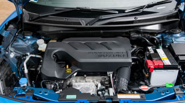 Suzuki Swift SZ5 - engine