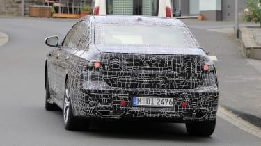 Next generation BMW 7-series spied – tail