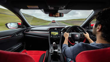 Hot hatchback triple – interior driving CTR