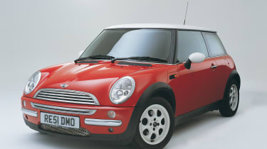Mini Cooper (R50) and Cooper S (R53) – history, prices and