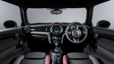 Mini 1499GT – interior
