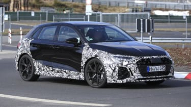 Audi RS3 mule 2021 - side