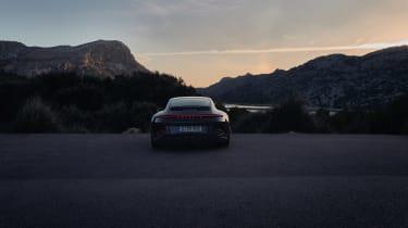 Porsche 911 GT3 Touring – rear low light