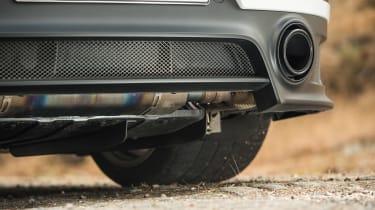 Porsche 911 GT2 RS - exhaust