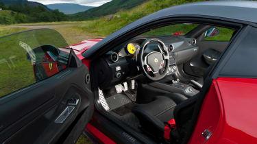 Ferrari 599 GTO - interior