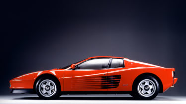 Ferrari Testarossa - side