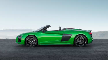 Audi R8 Plus Spyder - profile roof down