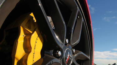 Chevrolet C7 Corvette Stingray - brakes
