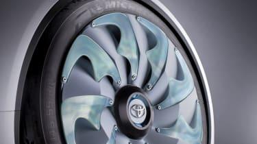 Geneva 2012: Toyota FT-Bh concept