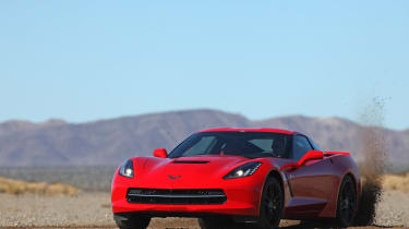 Chevrolet C7 Corvette Stingray - front 2