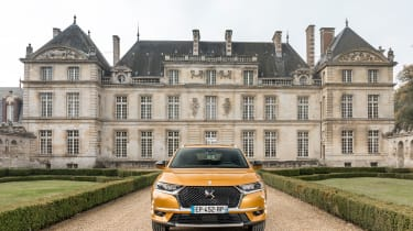 DS7 Crossback – front