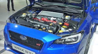 Subaru WRX STI 2014: engine