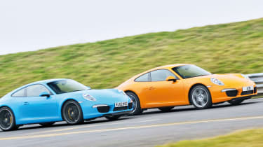 Porsche 911: Manual vs PDK gearbox