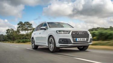 Audi SQ7 – front quarter