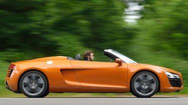 Audi R8 Spyder 4.2 FSI quattro S-tronic orange side profile roof down