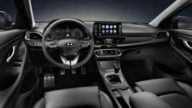 Hyundai i30 Fastback - interior