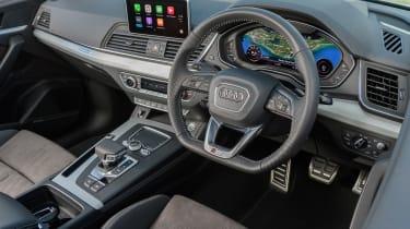Audi Q5 S Line TFSI - interior 2