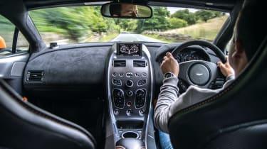 Aston Martin GT12 - interior