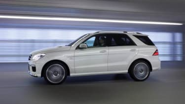 Mercedes-Benz ML63 AMG side view
