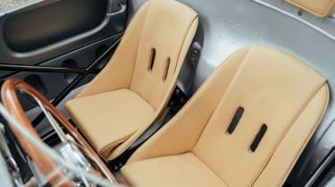 Porsche 550A Spyder - seats