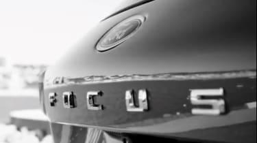 Ford focus teaser 2018 - badge