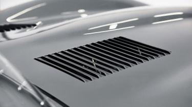 Jaguar D-Type – slatted bonnet