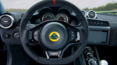 US Lotus Evora Sport 410 - Interior