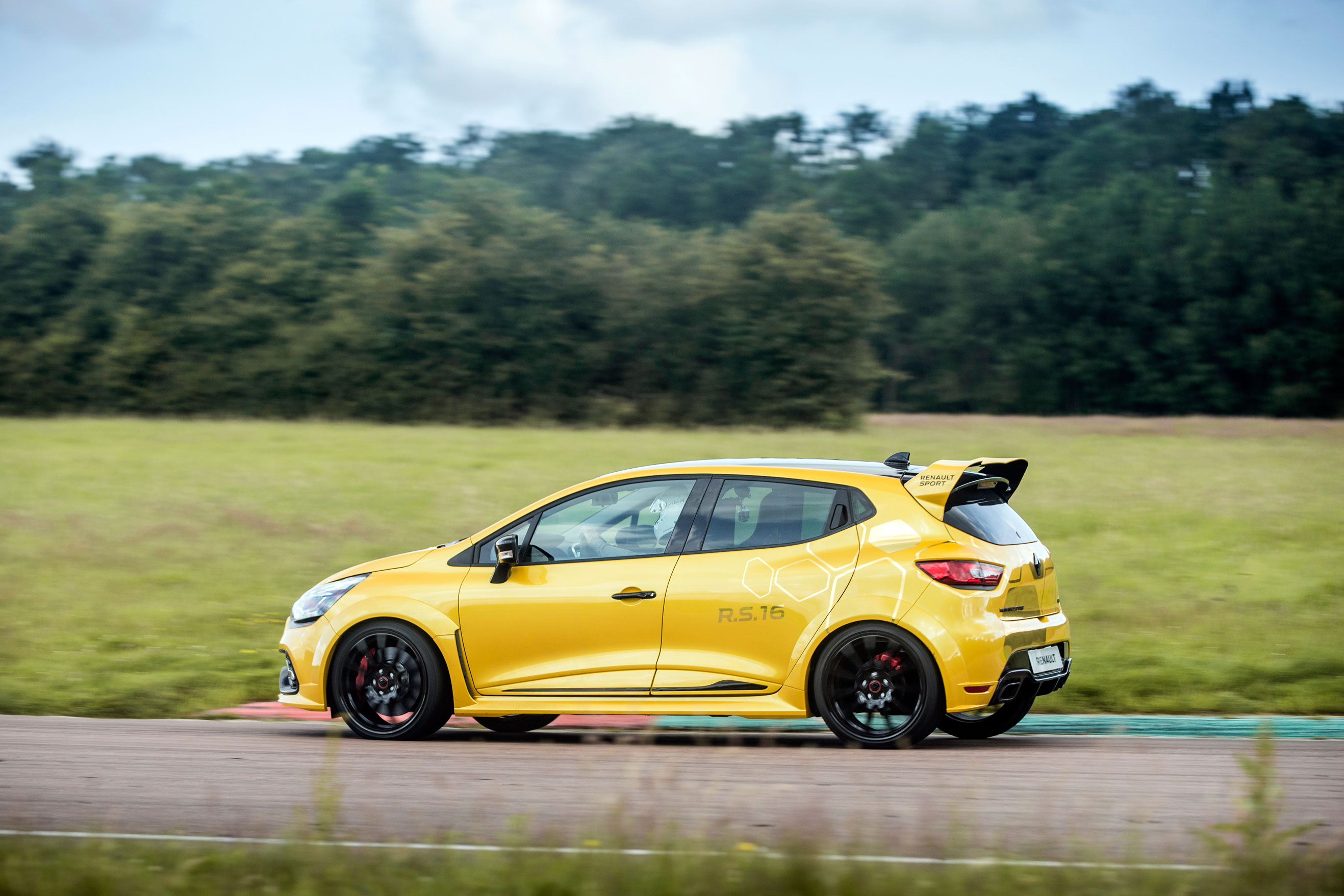 Renault Sport Clio R S 16 review - prices, specs and 0-60
