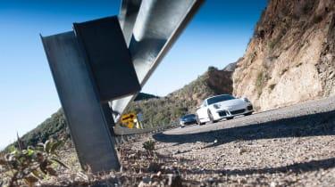 ZO6 v 911 GT3 US - dynamic