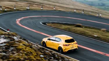 VW GTI TCR vs Megane RS Trophy - hairpins