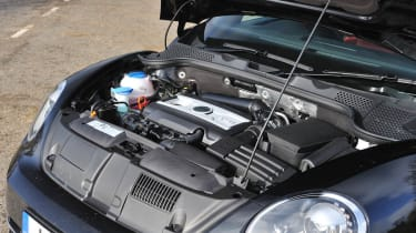 2013 Volkswagen Beetle Turbo Silver engine