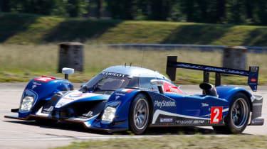 Peugeot 908 HDi FAP Le Mans cornering