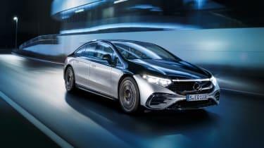 Mercedes-Benz EQS – front night