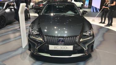 Lexus RC300h F Sport Black Edition – front
