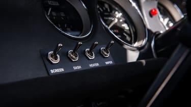 Alfaholics GTA-R 270 – dash