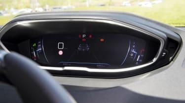 Peugeot 3008 GT dials