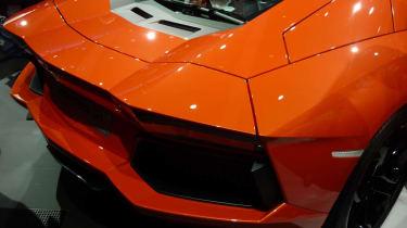 Geneva 2011: Lamborghini Aventador LP700-4
